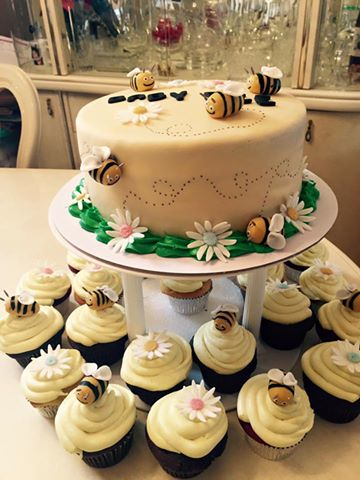 Bee Themed Cake Baby Shower