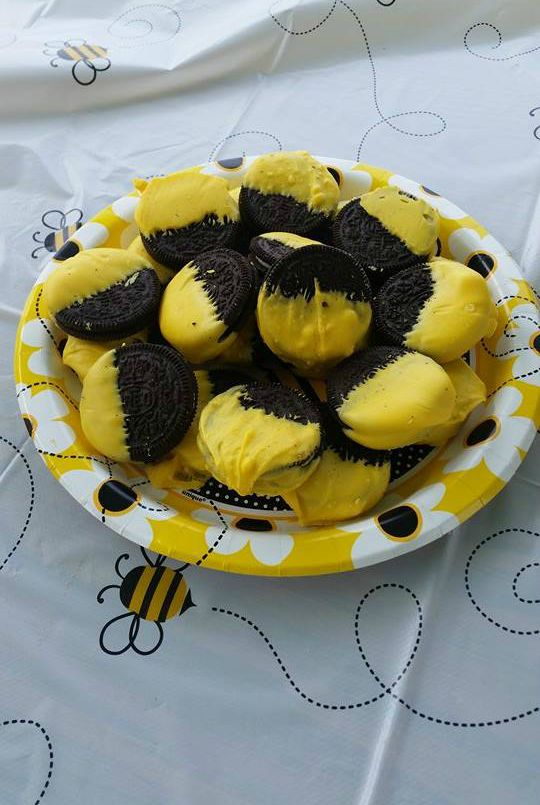 Bee Themed Shower Yellow Chocolate Dipped Oreos